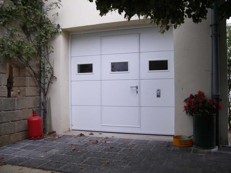 Nos portes de garage et Rideaux métalliques - Ardèche PVC